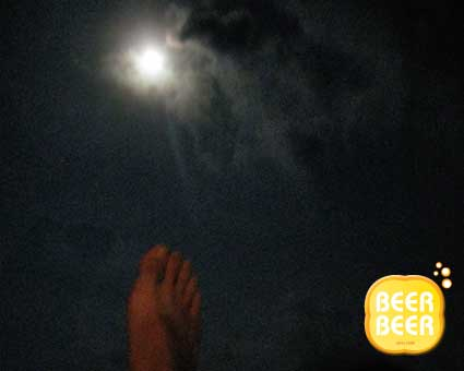 A foot to the moon at Redang
